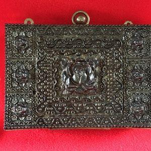 Handbags - Vintage Metal Filigree Box Purse